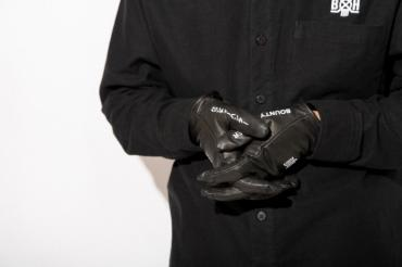 BxH ST LINE LEATHER GLOVE *ブラックxホワイト*