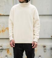 TRANK JACQUARD THERMAL TURTLENECK *ナチュラル*
