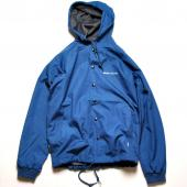 VENTILE HOODED WINDBREAKER**ブルー*
