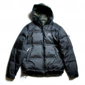 ×NANGA HOODED DOWN JACKET *ブラック*