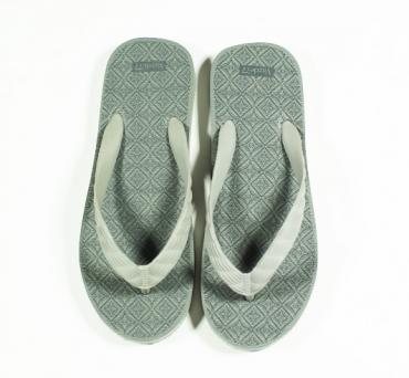 THE SOURCE BEACH SANDAL *グレー*